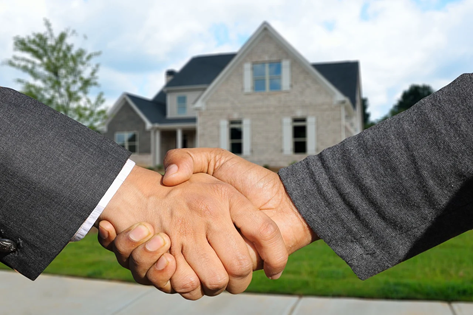 How to Buy A House Handshake